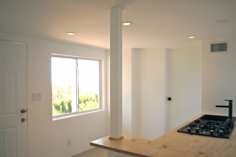 Malibu Studio by Luxus Construction 28