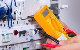 When to Call a Licensed Electrician